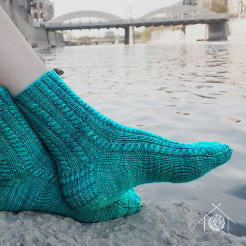 Photo of Footbridge pattern by Galt House of Yarn