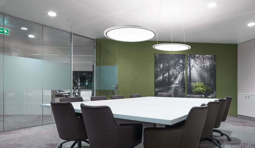 Konferenzraum & Besprechungsraum - Beleuchtung   TRILUX   Büroneubau ...
