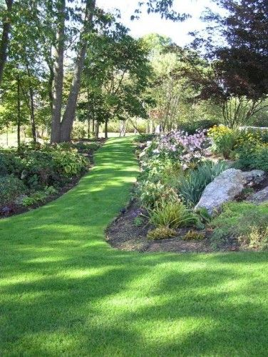 By Woodburn & Company Landscape Architecture, LLC in Newmarket, NH