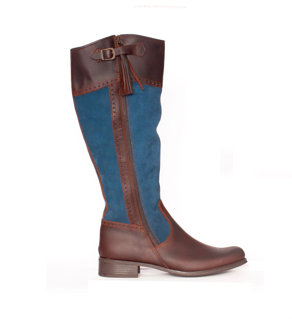 Kate Middleton's Riding Boots, Oceania model in blue color. Valverde del Camino, made in Spain.