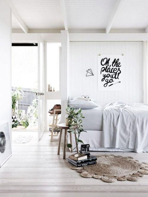 pin von leo auf rooms pinterest schlafzimmer studenten wohnungen und wei es schlafzimmer. Black Bedroom Furniture Sets. Home Design Ideas