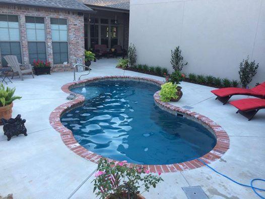 Central Pools Inc 12 X 24 Picasso Baton Rouge La Trilogy Fiberglass Pools Www Centralpools Com Pool Landscaping Backyard Pool Backyard Pool Landscaping