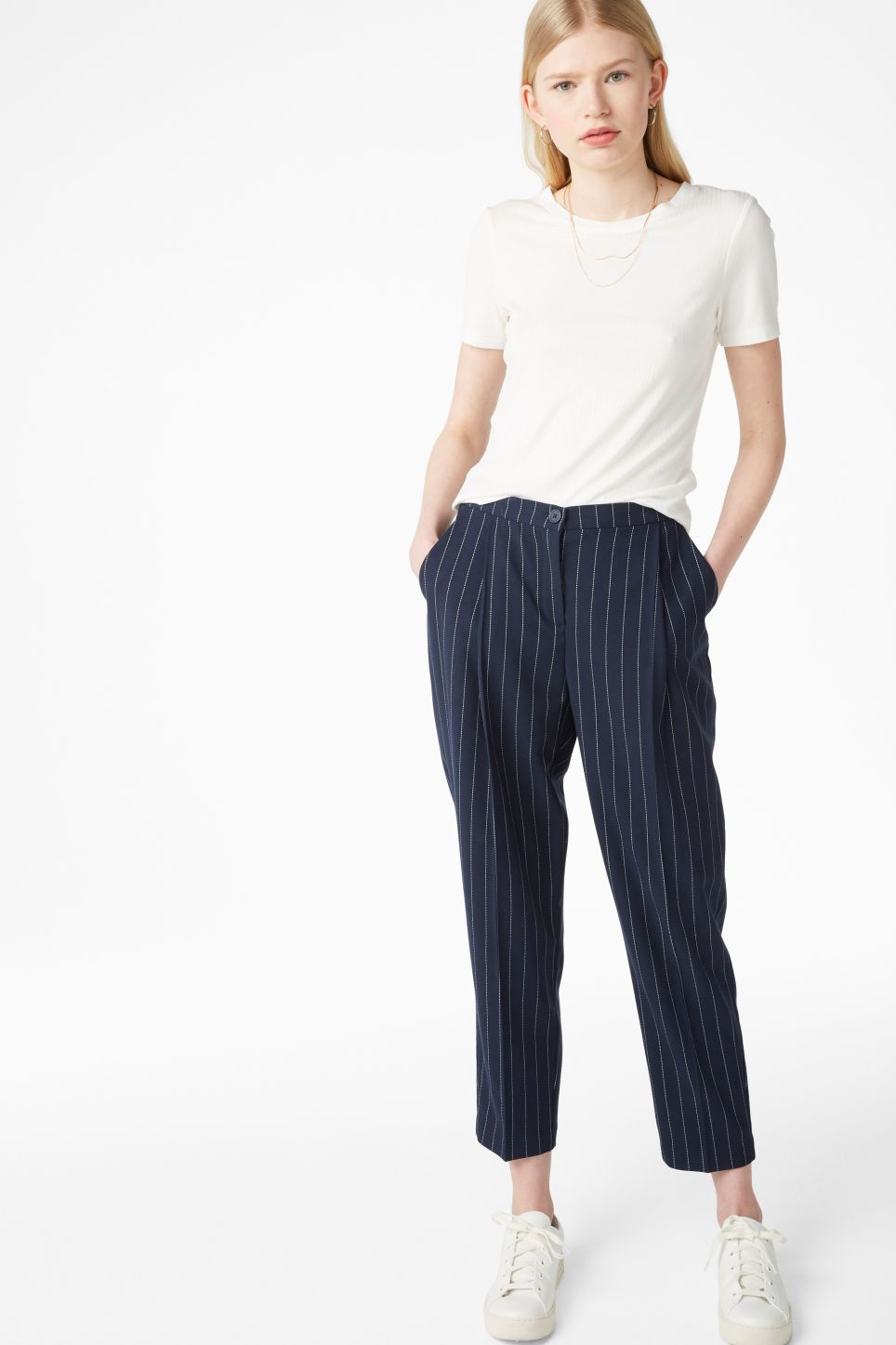 0f87a7e2 Dressy trousers 250 SEK Monki Dressy trousers that are meant to have a  casual-chic, slightly oversize fit. An elasticized waist in back keeps  things in ...