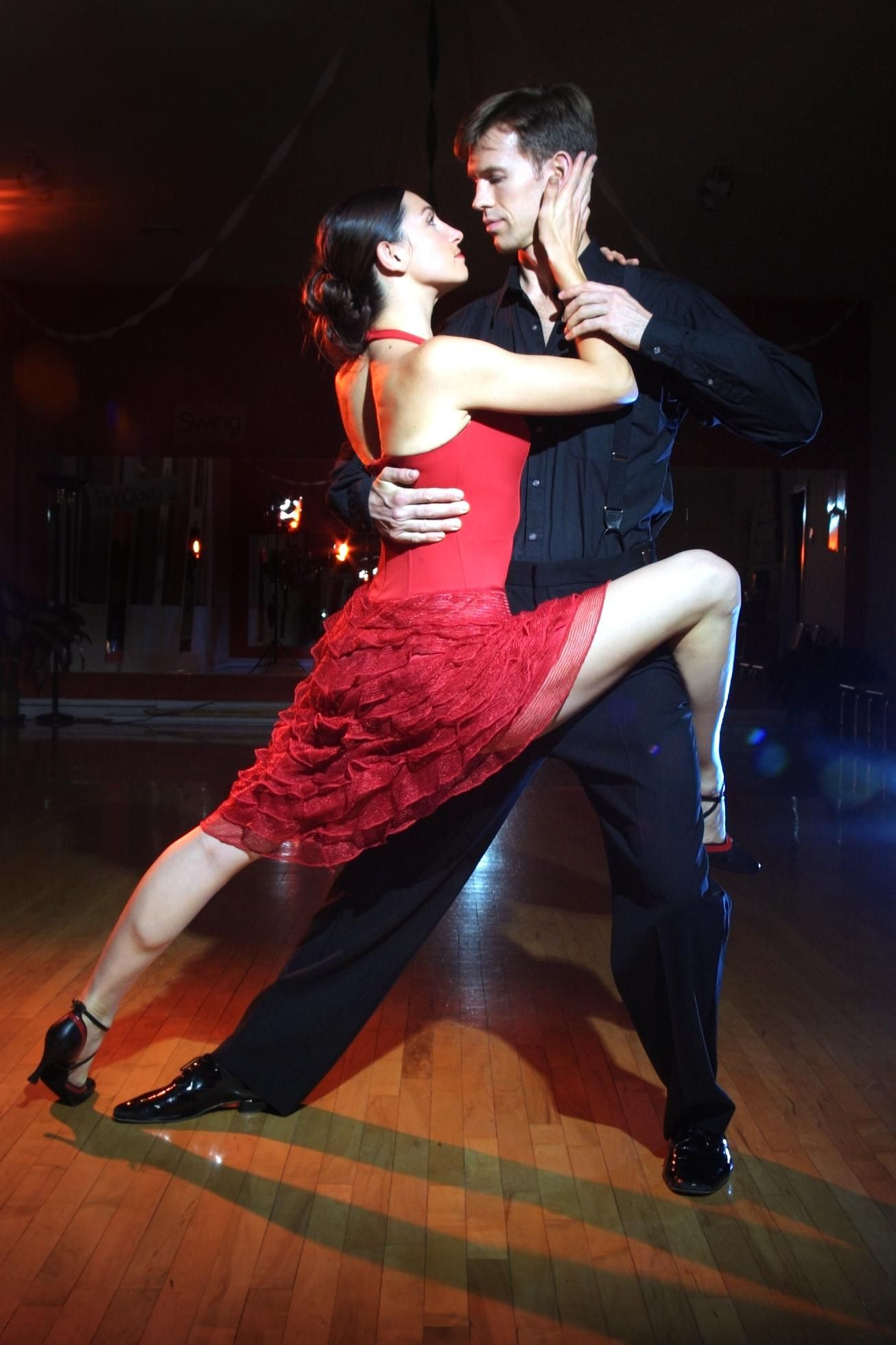 Http Dolcevita Gr Wp Content Uploads 2013 03 Latin Xoros Jpg Tango Dancers Flamenco Dancers Tango Dance