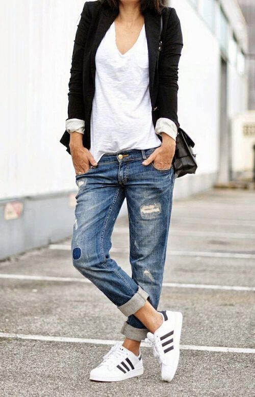 30 Outfits To Check Before Wearing Your Boyfriend Jeans | Adidas superstar, Boyfriend  jeans and Brunettes