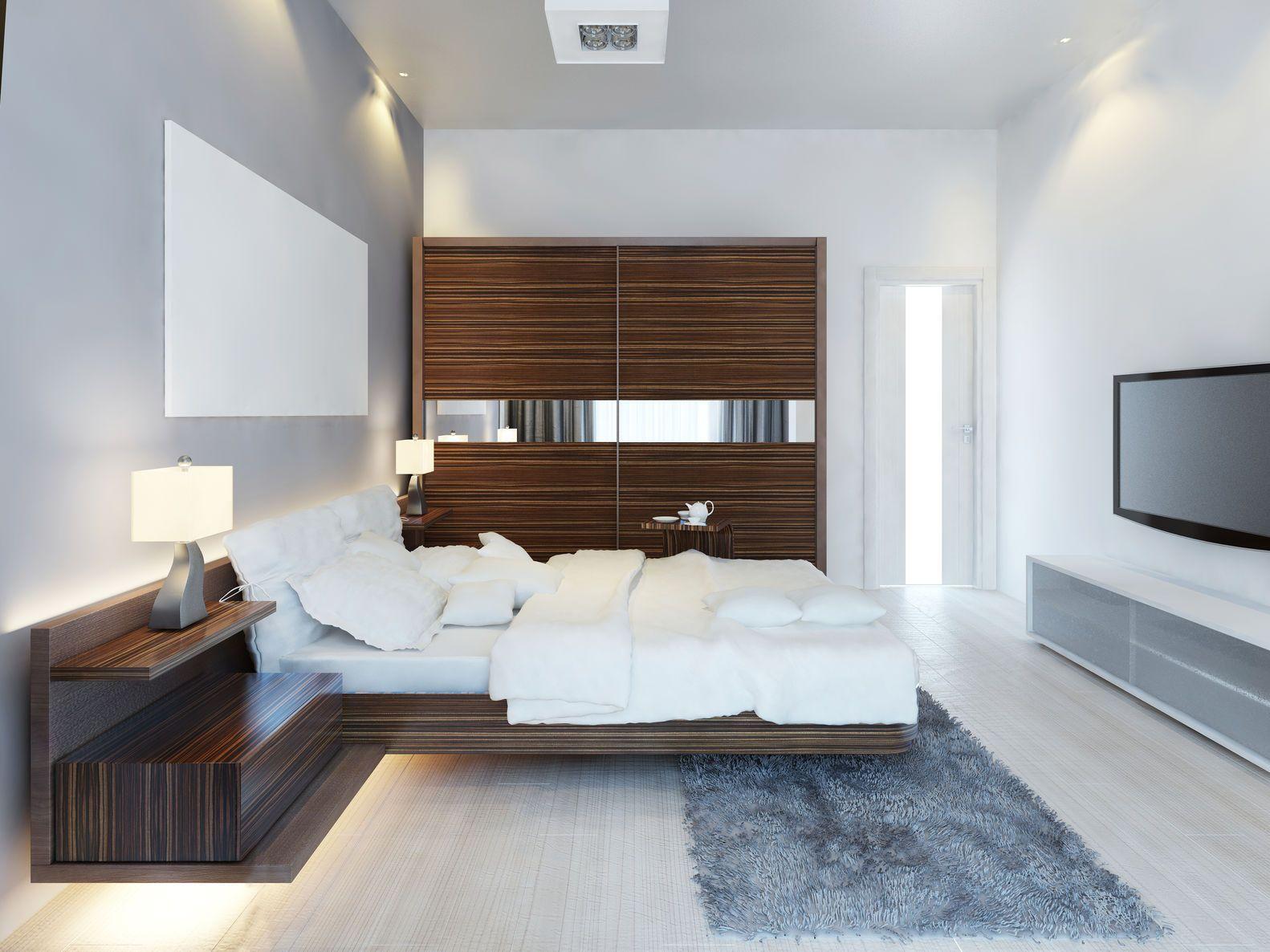 Design Of Modern Spare Bedroom With Large Sliding Closet Modern