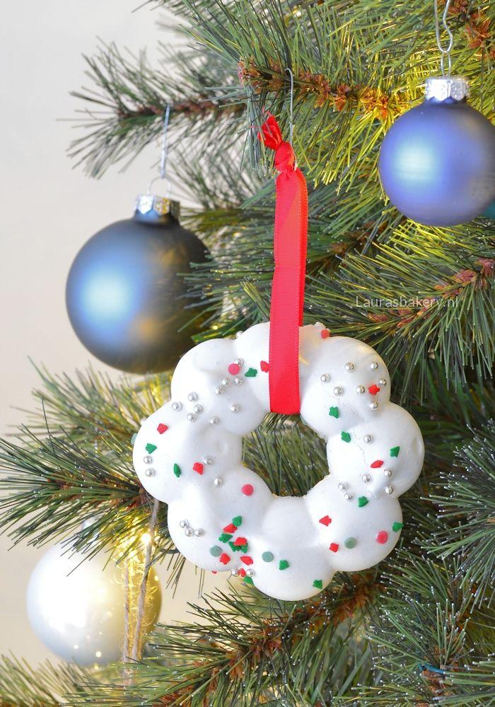 meringue kerstkransjes (Laura's Bakery)