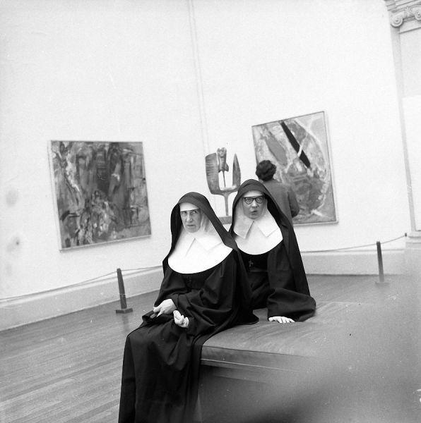 nuns at art museum