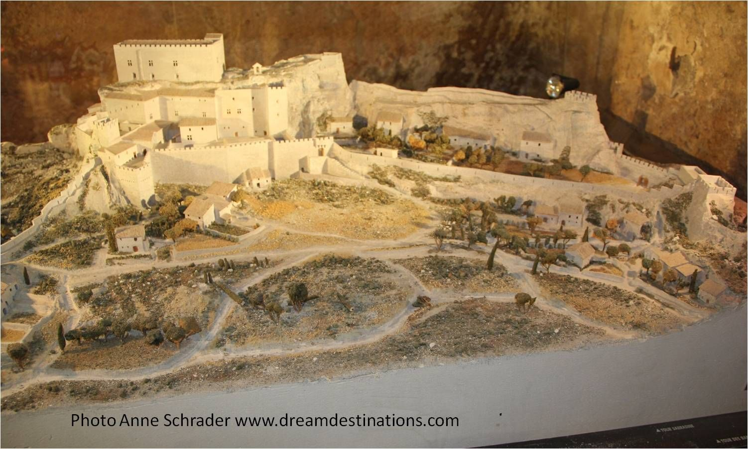 Model Of Les Baux De Provence France Before It Was Destroyed It Became A Centre For Protestantism And Its Uns European Castles River Cruises In Europe Castle