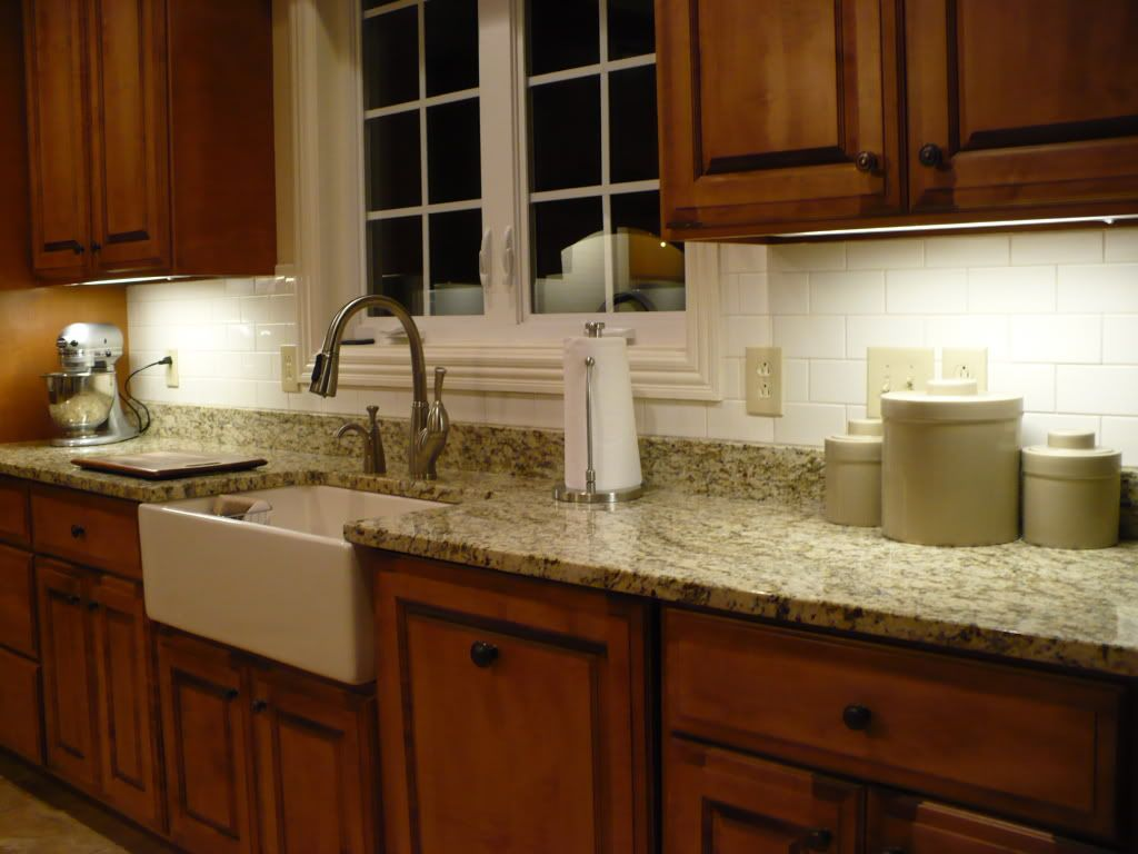 Slate Backsplash Granite Countertop We Tried To Match The Tile