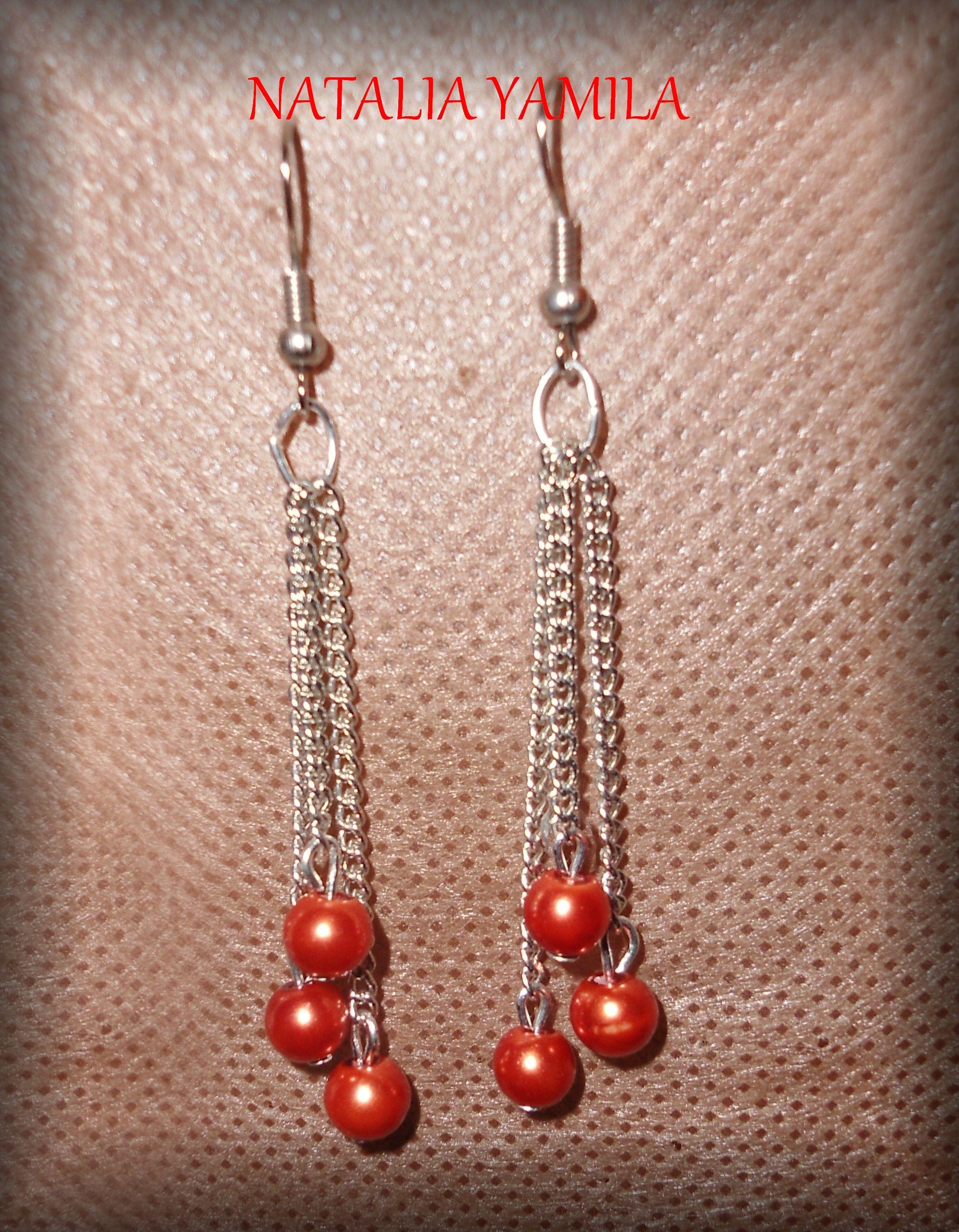 Aros pendientes artesanales de cadena y perlas anaranjadas ...