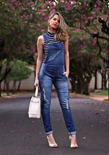58db0101e Dzarm, jardineira jeans, blusa listrada gola alta, tendência, estilo,  marina casemiro, simone meirelles fotografia, look dia, despojado, ...