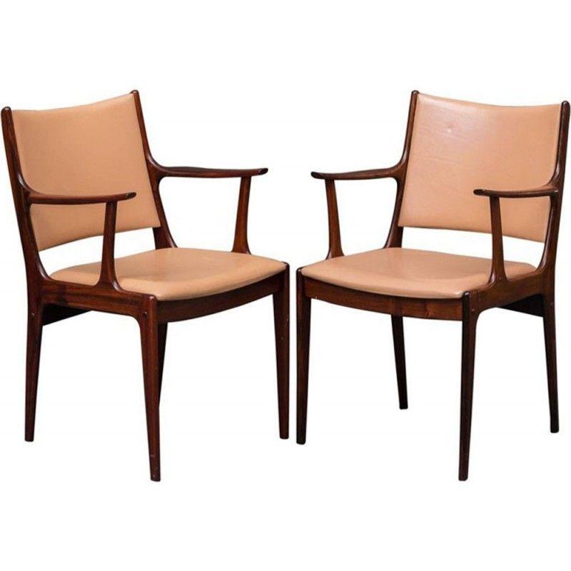 Paire de fauteuils en palissandre et cuir marron de Johannes ...