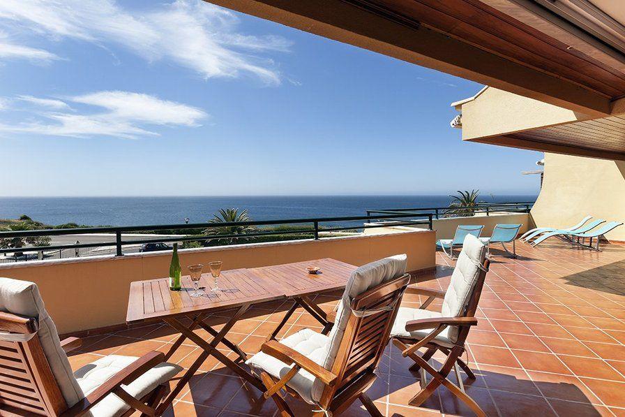 Luxury ocean-view apartment in Cascais, Portugal. 3 ...