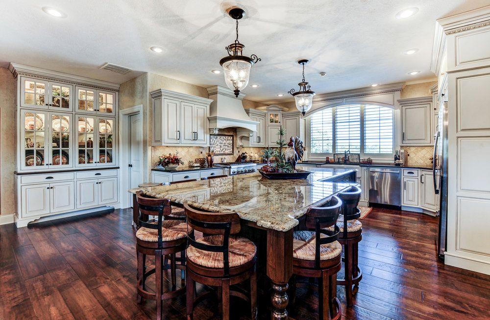 custom home kitchen and bath trends — builtbrett