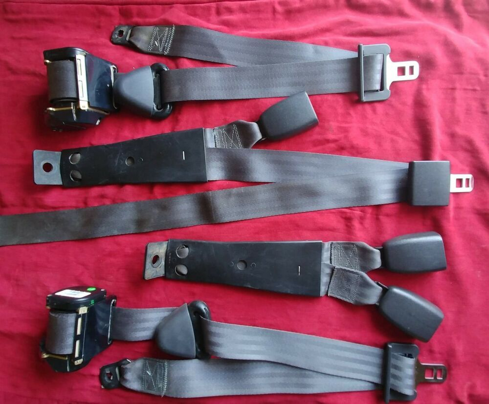 Oem Charcoal Rear Seatbelts These Seat Belts Are In Like New Condition Ebay Dodge Ram 1500 Seat Belt Extended Cab