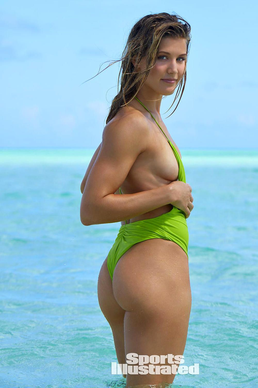 Eugenie Bouchard SI Shoot Comes Up Aces (What? She's Hot ...