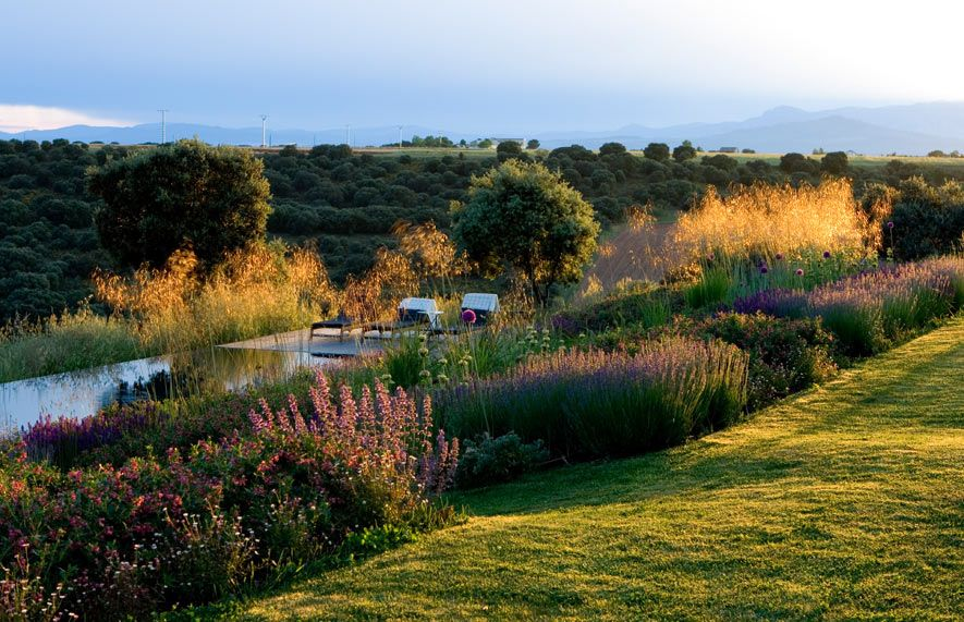 fernando martos paisajista / jardín guadalajara, españa | GARDENS ...