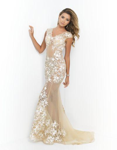 Charlotte\'s Closet Lets Teens Borrow Designer Dresses for Proms ...