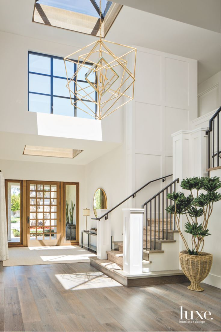 Front Rooms Designs: Geometric Light Chandelier Entryway With Staircase And