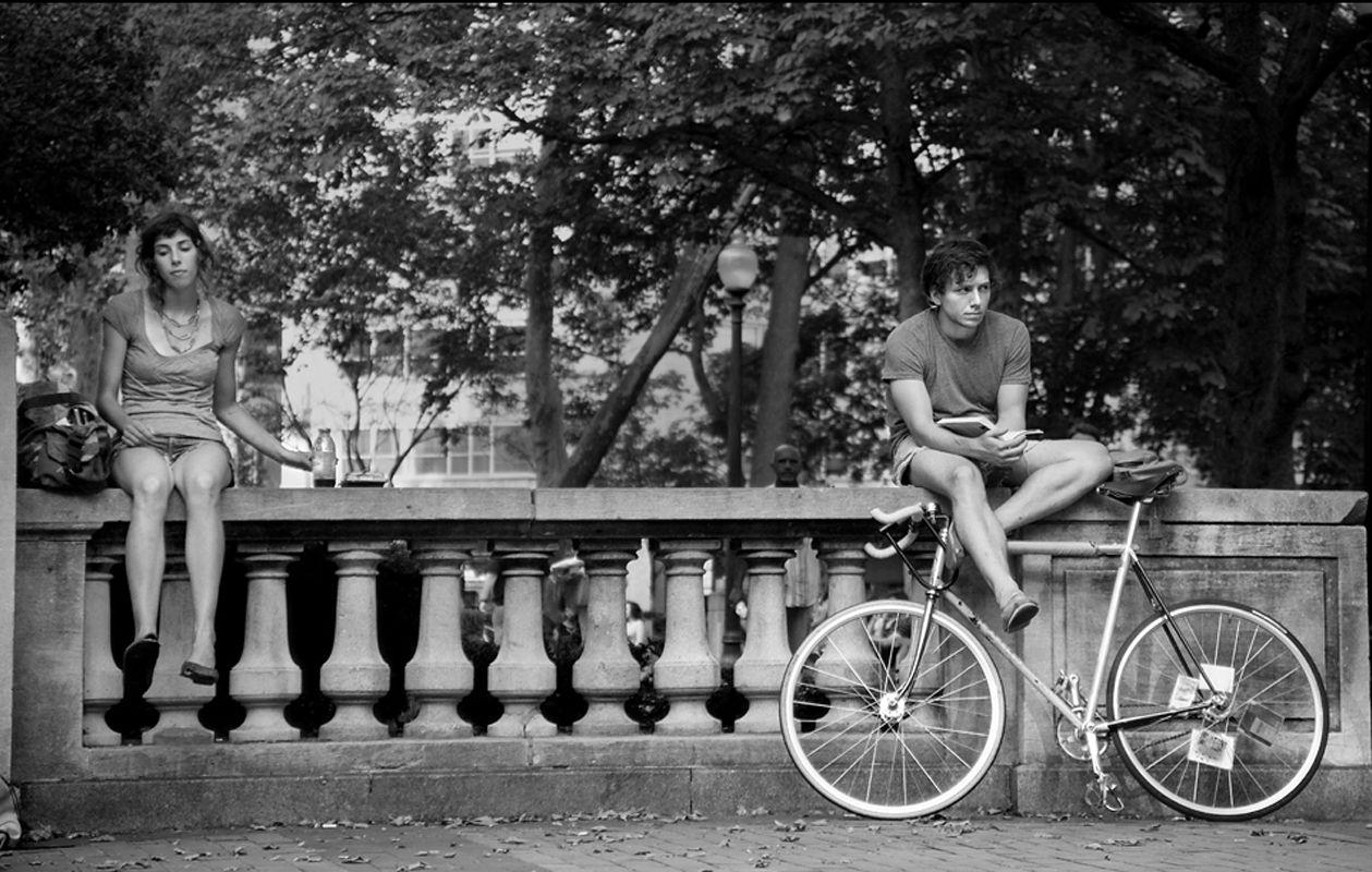 Faena Sphere   Espontaneidad urbana: los beneficios de hablar con extraños en la ciudad