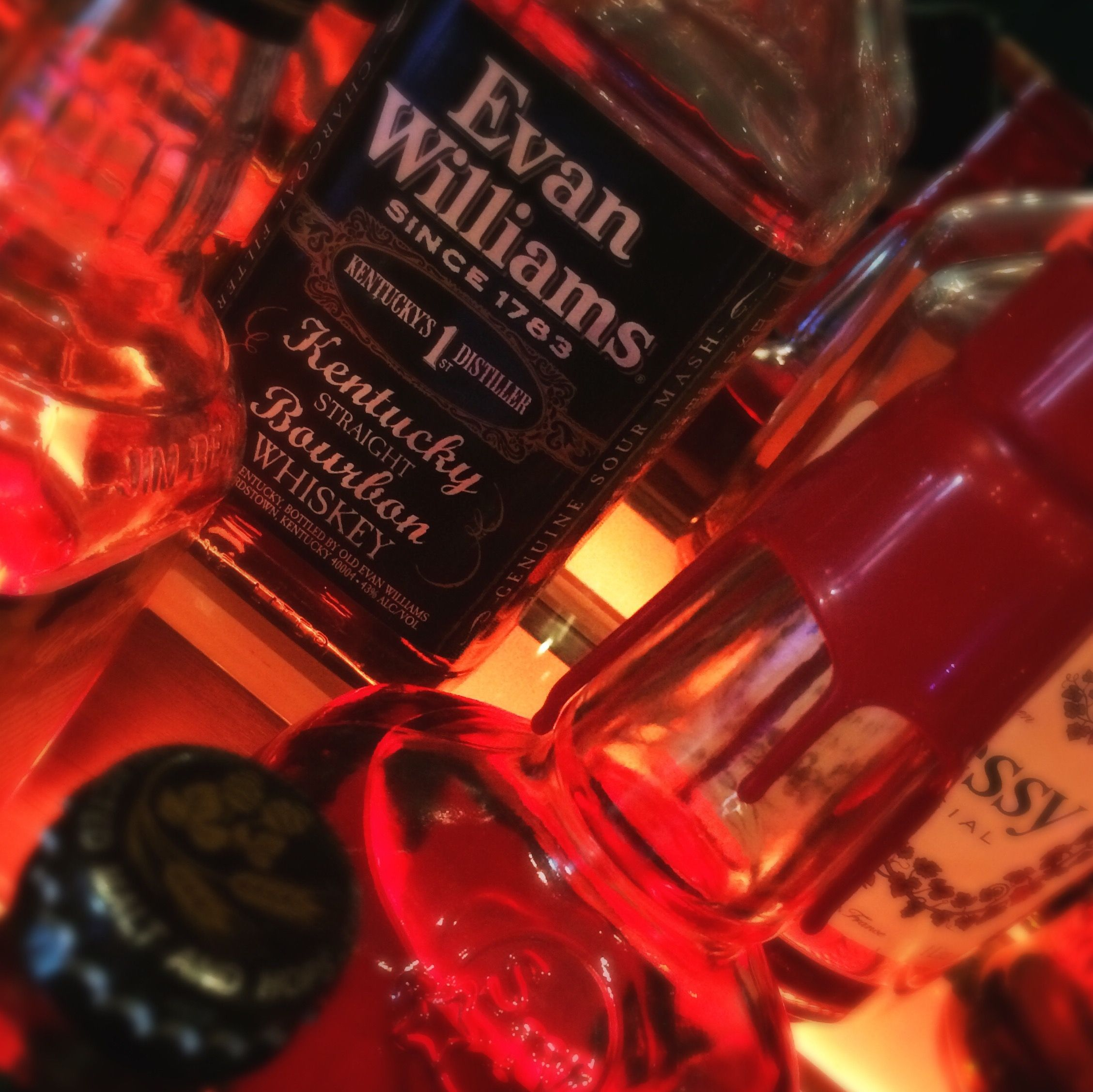 Evan Williams Bourbon For Those Awkward Moments When We Re Told It S Spring But It Still Feels Like Winter Evan Williams Bourbon Japanese Beer Whiskey Bottle
