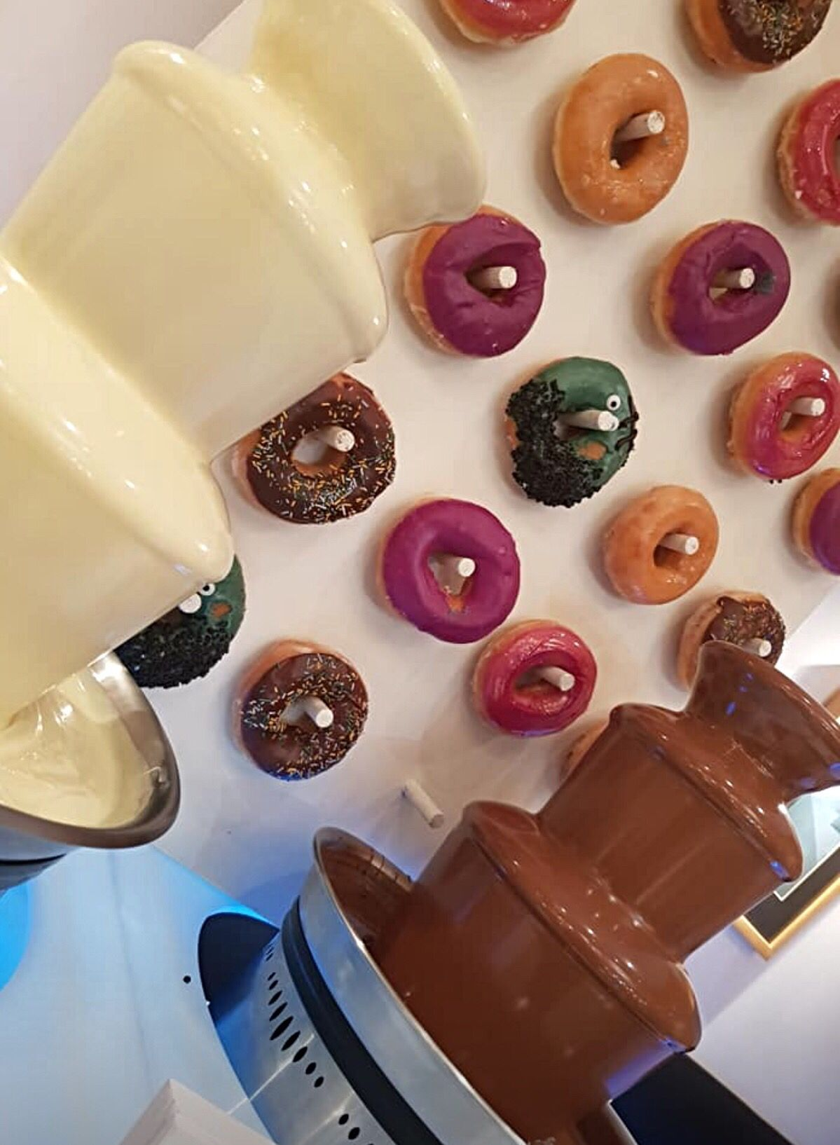 Donut wall hire  #chocolatefountainfoods Donut wall and chocolate fountain hire #chocolatefountainfoods