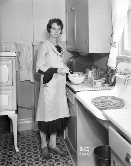 Image result for vintage photos of women doing housework ...