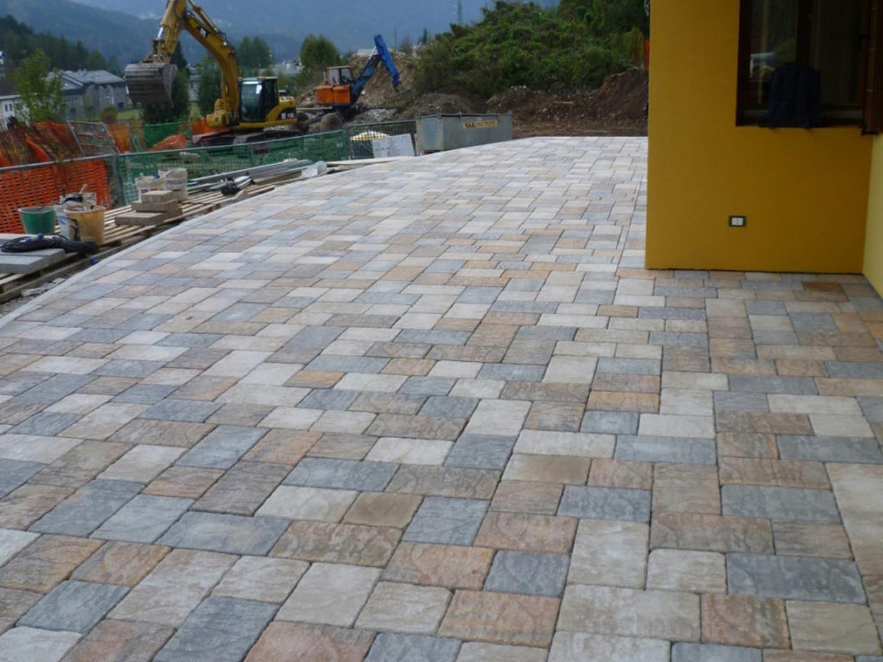 Outdoor Stone Tile Flooring Ideas 28 Patio tiles