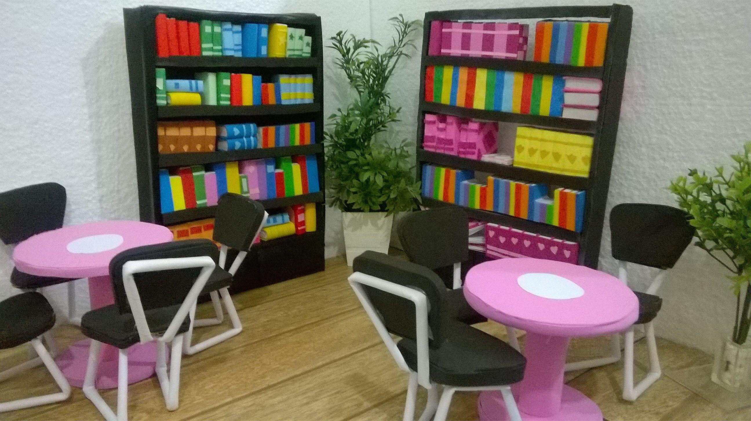 Projeto: Construindo uma Escola para Barbie Edição: Biblioteca Vamos construir uma linda Escola para Barbie, onde você poderá brincar de estudar com suas bon...