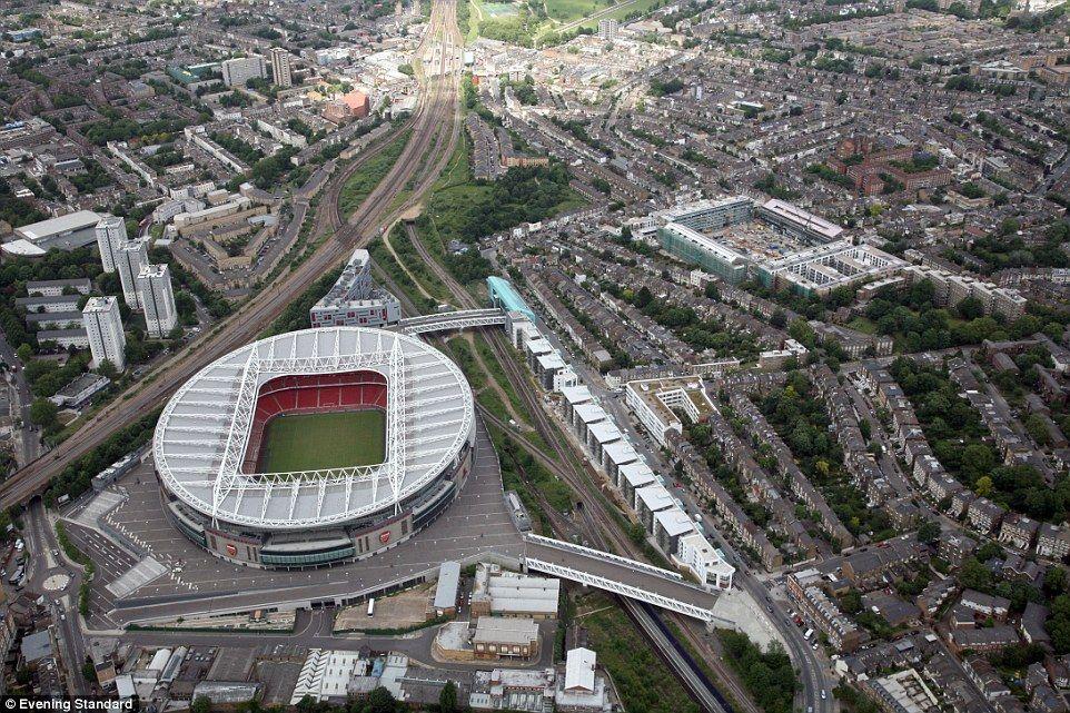 Golden Years From The Air Wembley Maine Road And The Maracana Wembley Hampden Park Wembley Stadium