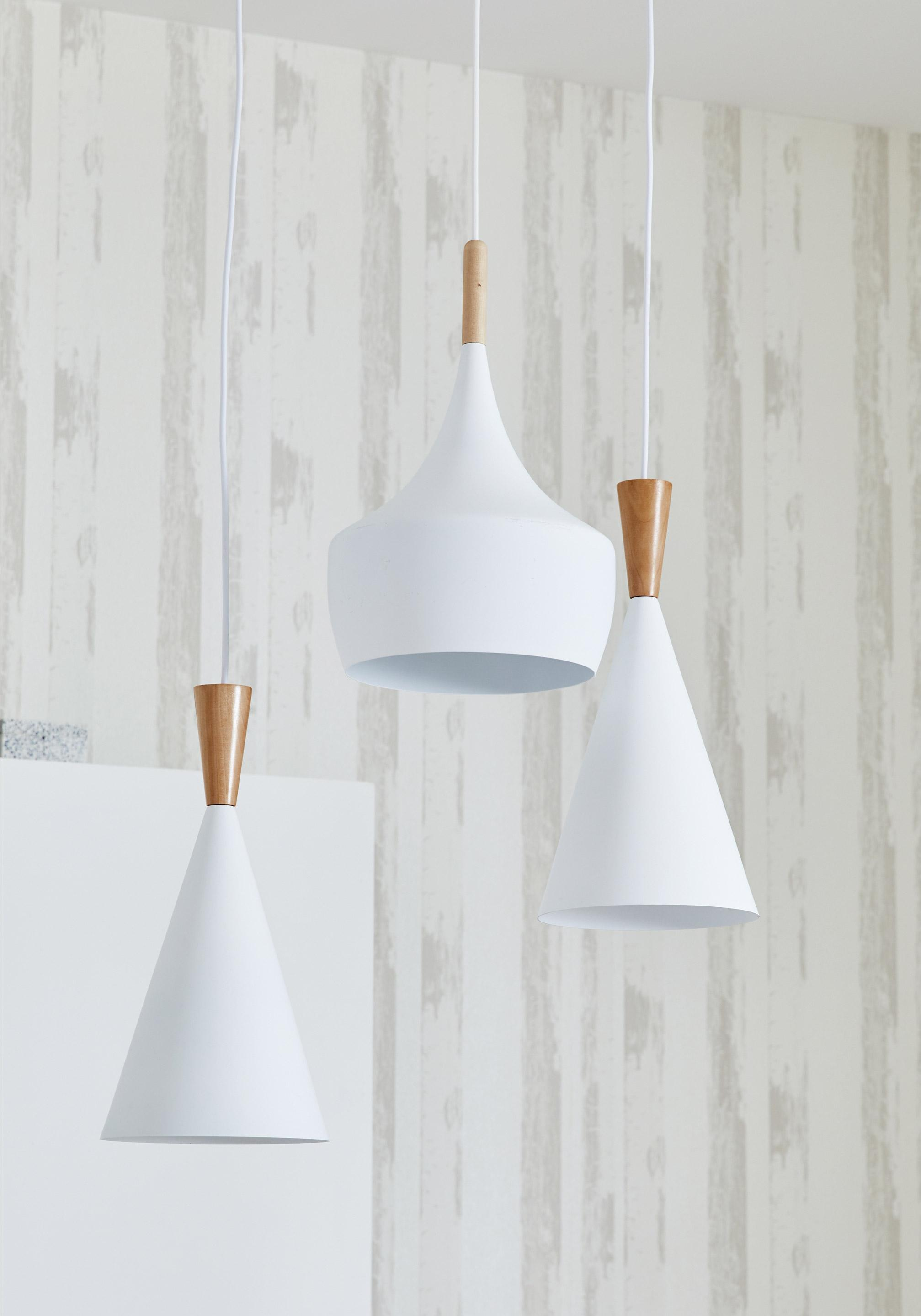 Suspension Scandinave Metal Blanc Lussiol Ingrid 1 Lumiere S D 24 Cm Image Zoomee Suspension Luminaire Cuisine Luminaire Luminaire Contemporain