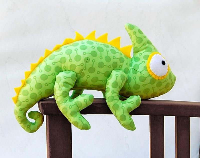 Chameleon Soft Toy sewing Pattern byTPC | Pinterest | Kuscheltiere ...