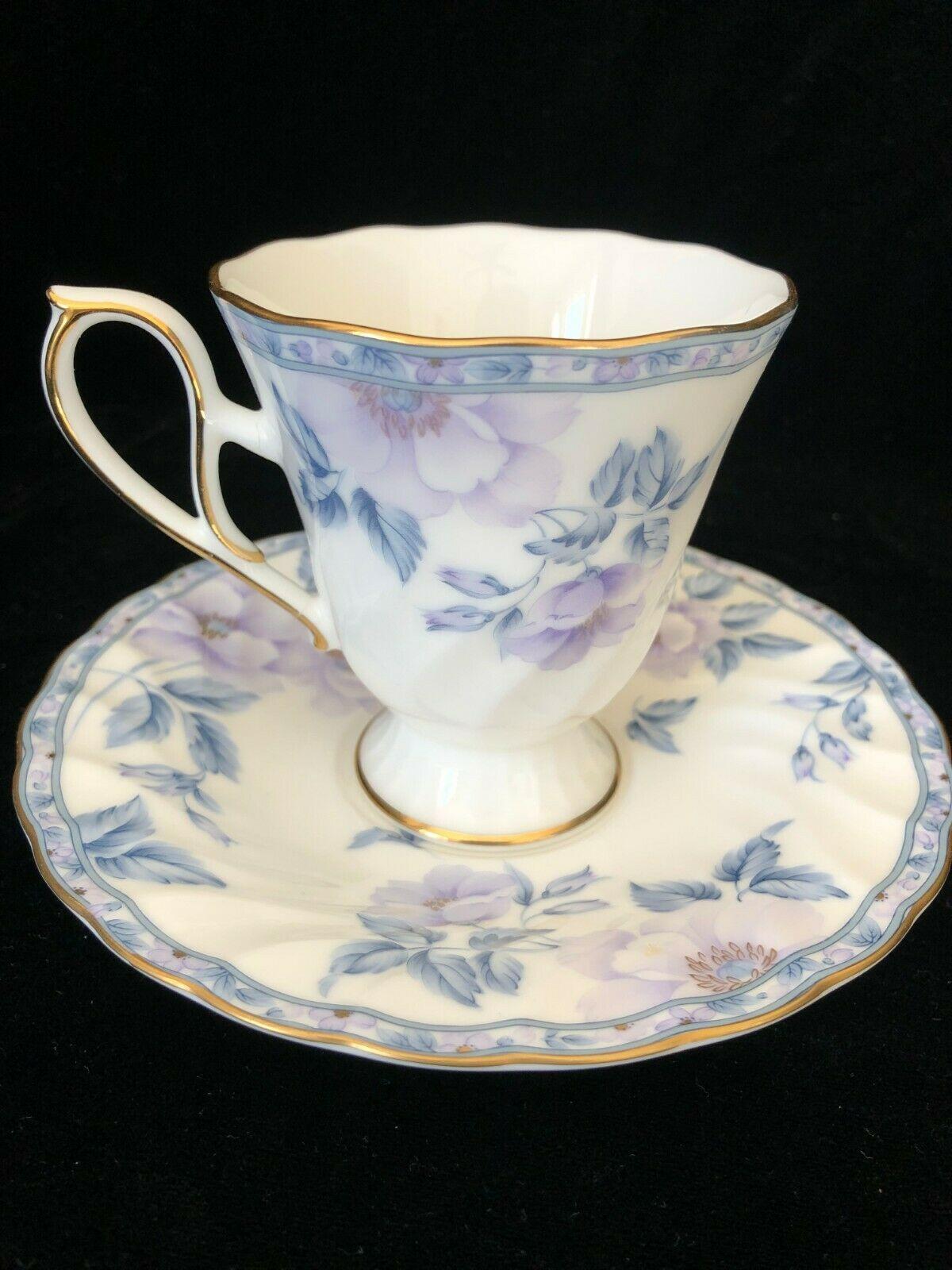Hoya Bone China Tea Cup And Saucer With Flowers Made In Japan Ebay Bone China Tea Cups Tea Cups Tea