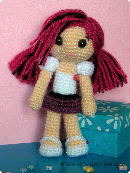 Amy, the Amigurumi Doll Free Pattern