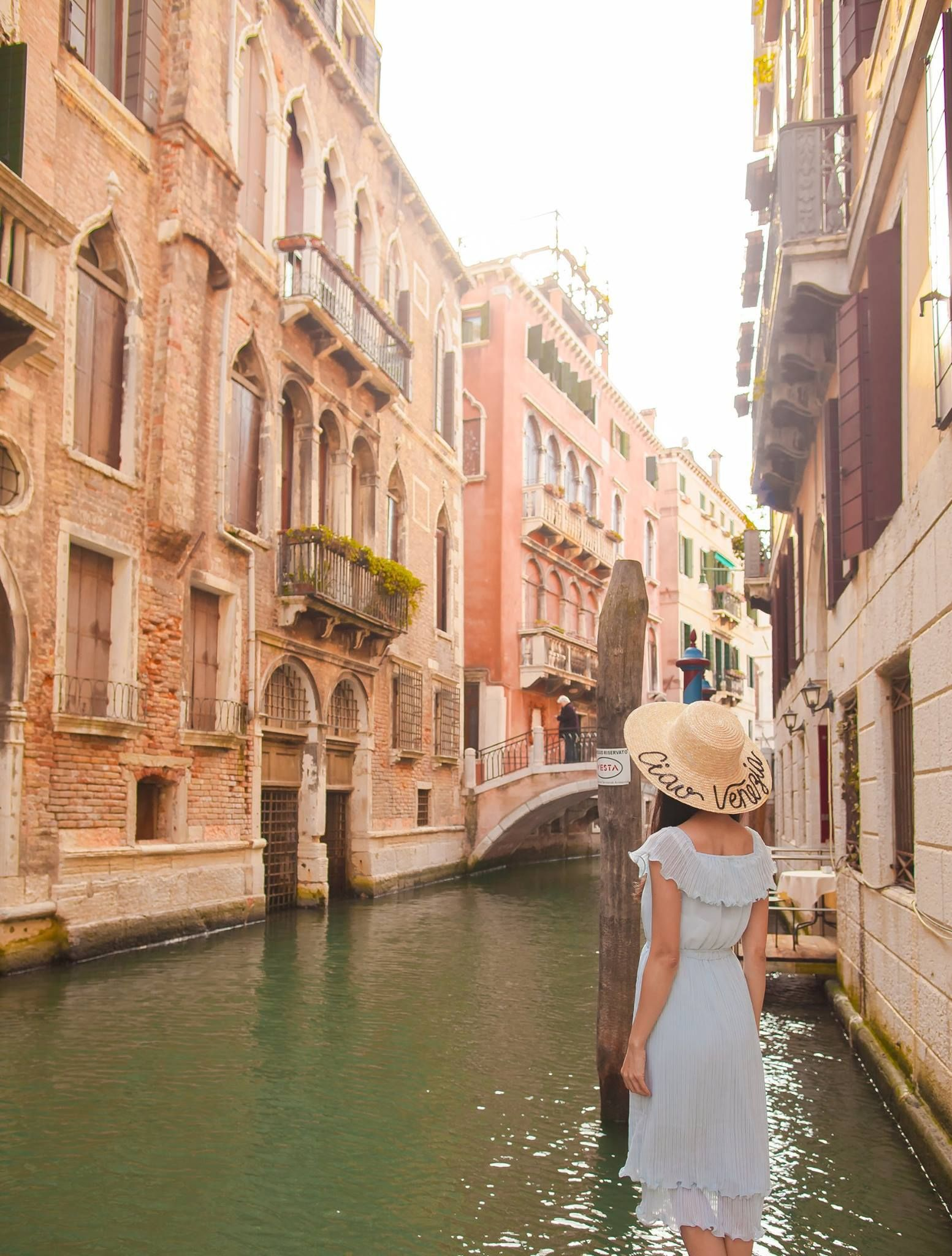 The 7 Best Spots To Take Pictures In Around Venice Venice Photography Fishing Trip Girls Trip
