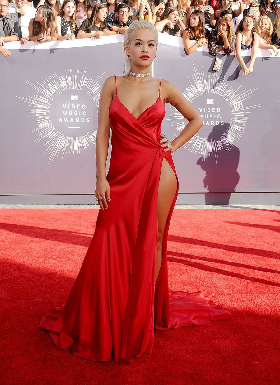 Rita Ora in a extremely sexy red satin plunging prom dress at the 2014 MTV  Video a9a0abb7d