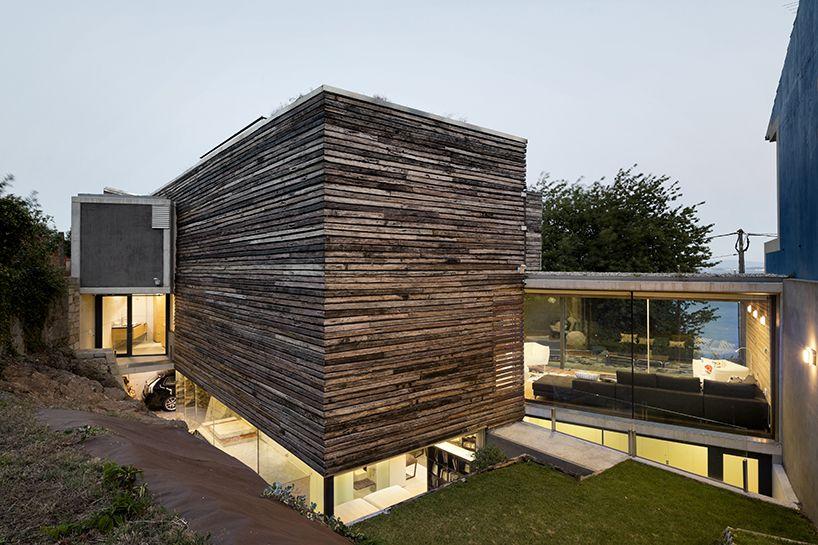 Inaki Leite Recycles Wooden Bateas For Dezanove House In Spain Facade Design Architecture House Designs Exterior