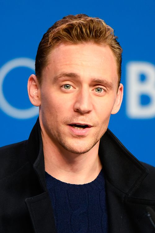 Tom Hiddleston attends the 'High-Rise' press conference at the 2015 Toronto International Film Festival at TIFF Bell Lightbox on September 14, 2015 in Toronto. Full resolution: http://ww1.sinaimg.cn/large/6e14d388gw1ezvx2e7yaqj22p82p8qv8.jpg Source: Torrilla, Weibo http://www.weibo.com/1846858632/DcGgnk6dh?from=page_1005051846858632_profile&wvr=6&mod=weibotime&type=comment#_rnd1452531789045