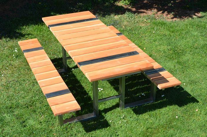 18 Kreative Ideen Fur Gartentische Ziehen Wir Endlich Nach Draussen Picknicktisch Gartentisch Tische Im Freien