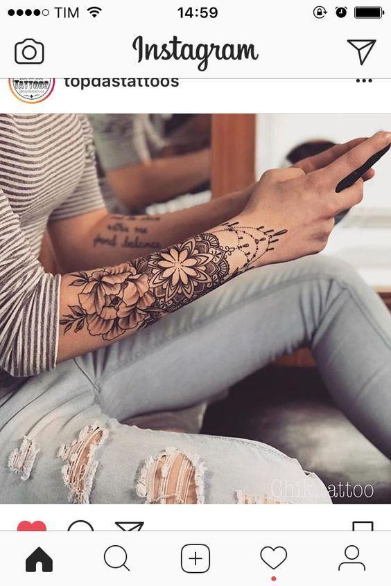 16 Crazy Hand Tattoo Ideas Crazy Hand Ideas Tattoo Tattoos Sleeve Tattoos Arm Tattoo
