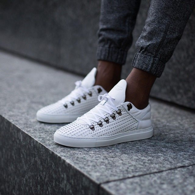 pretty nice c2c32 a9b31 Filling Pieces Mountain Cut white Wired and rope leather available online  and through our selected retailers worldwide