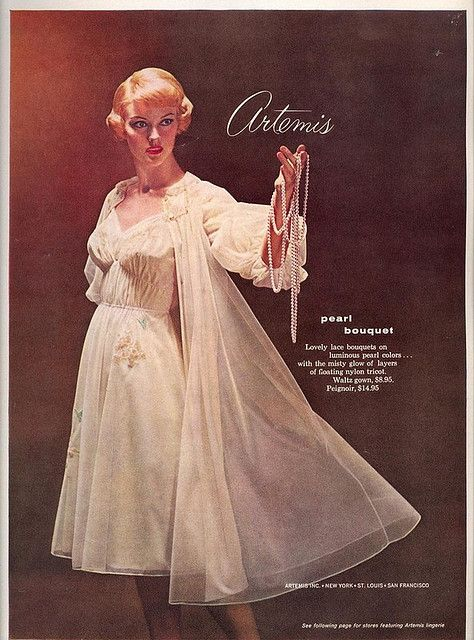1959 Artemis Peignoir Ad