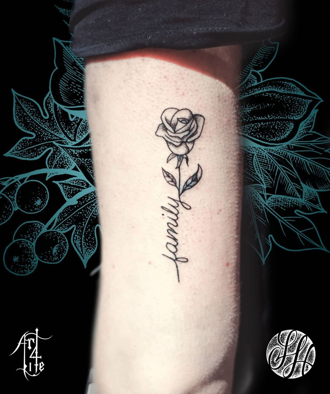 Fineline rose & lettering done by me a few weeks ago at Art4life tattoo Studio @art4life_tattoos.  DM for enquiries. Check out the studio website at: www.art4lifetattoo.eu #spijkenisse #rotterdam #tattoo #ink #lineworktattoo #finelinetattoo #inked #newink #rotterdamtattoo  #scripttattoo #handlettering #letteringtattoo #dutchtattoo #familytattoo #rosetattoo #dotworktattoo