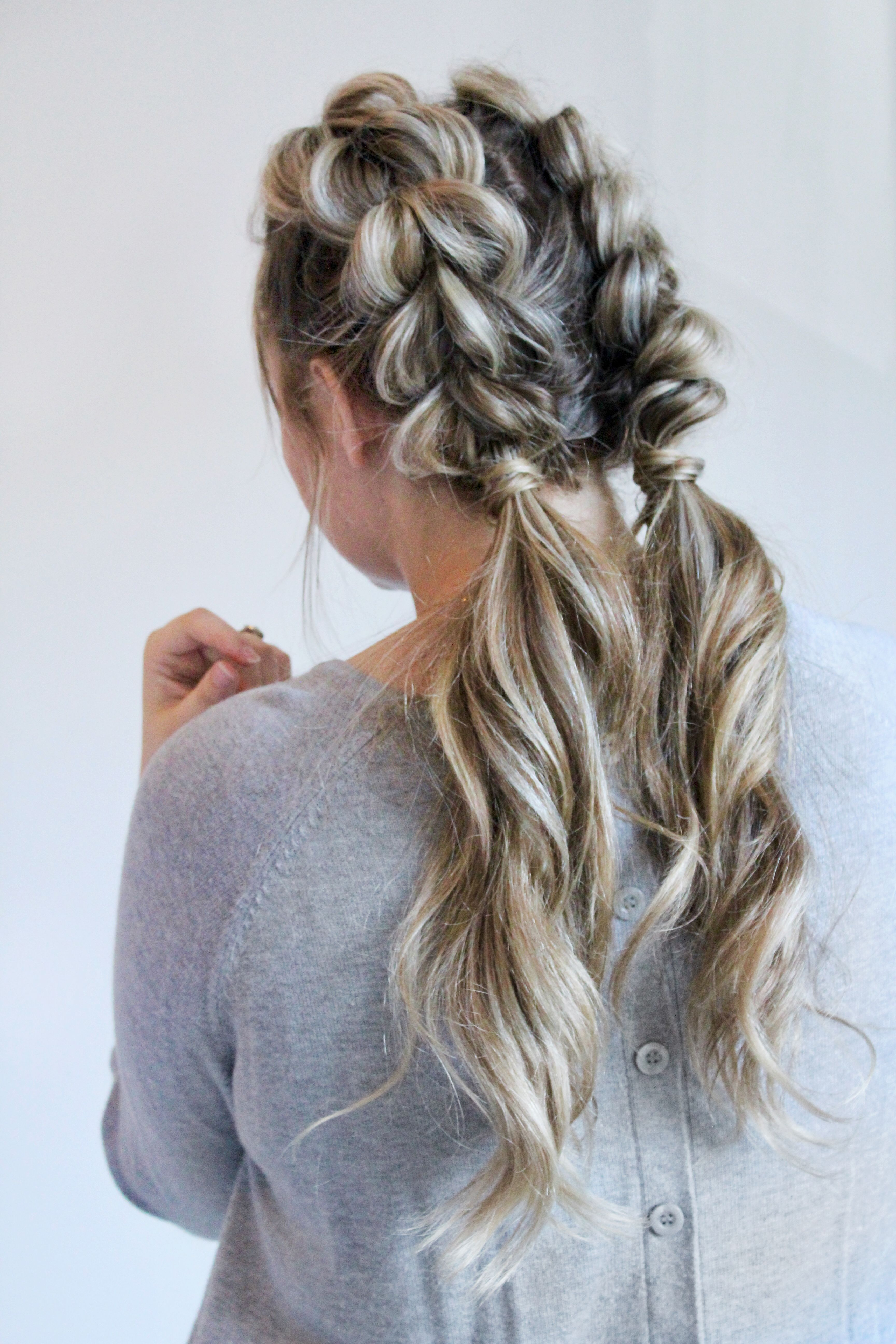 jumbo pull through braid pigtails tutorial | beauty products
