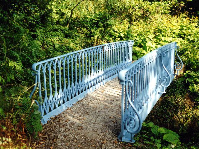 Chatsworth garden bridge | English Garden ideas for Kelly | Pinterest