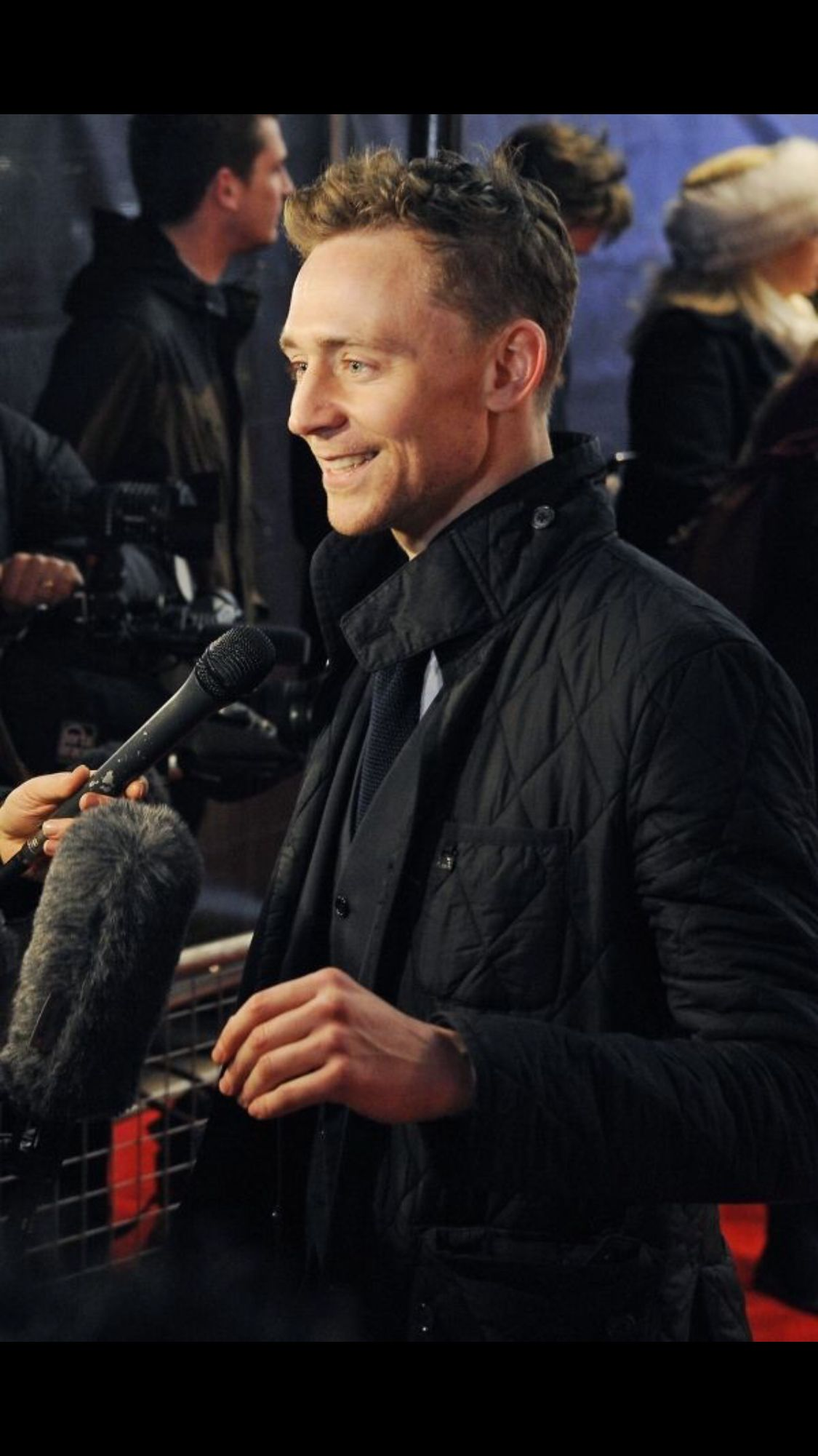 Pin by Desdamona_falls on Tom Hiddleston and other life ruiners (but