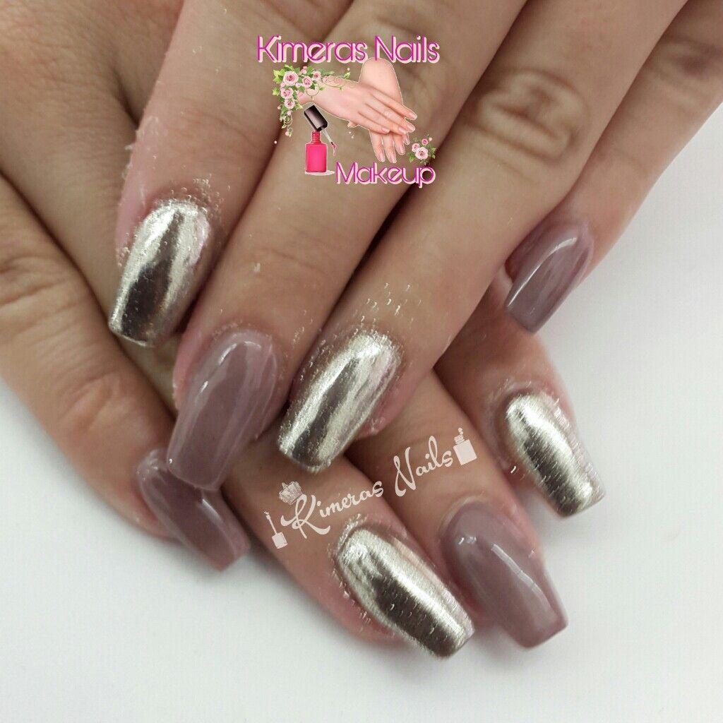 @dueaerografia  Diseño de salón 💅 👑 😍 😄 #kimerasnails #nails #uñas #acrylicnails #nude #sculturenails #prettynails #naturalnails #glitter #acrilicodecolor #naildesign #silk #AcrilicosAtacantes #ManoAlzada #3d #3dnails #christmas #2017