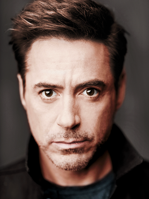 Robert Downey Jr Who Plays The Lead Role In Ironman 3 And