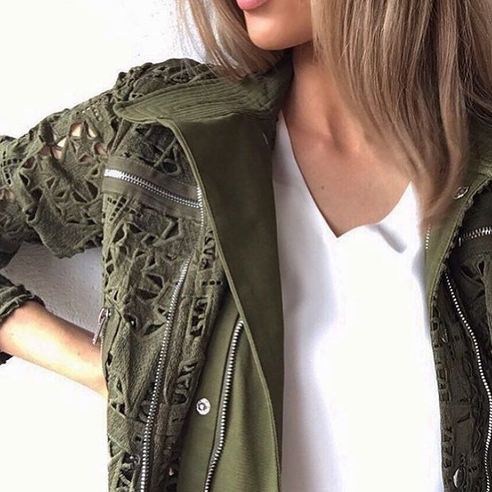 20% off TODAY | In store & online | Enter code 20JACKETS at check out! @nadiabartel wearing the @asiliothelabel Army Barricks Long Line Trench  #asiliothelabel #Lookbook #lookbookboutique #designersale #ootn #ootd #coat #jacket #blogger #fashionblogger #blogger #sale